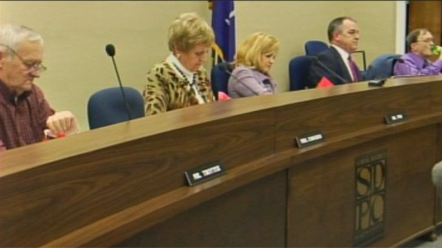 The School District of Pickens County school board heard from the community about the potential for nondenominational prayer on Monday. (Jan. 28, 2013/FOX Carolina)
