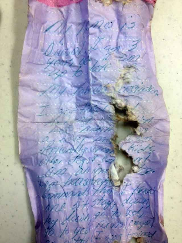 Veterinarians said this is the note that was found on the dog's collar when he was found. (Jan. 31, 2013/FOX Carolina)