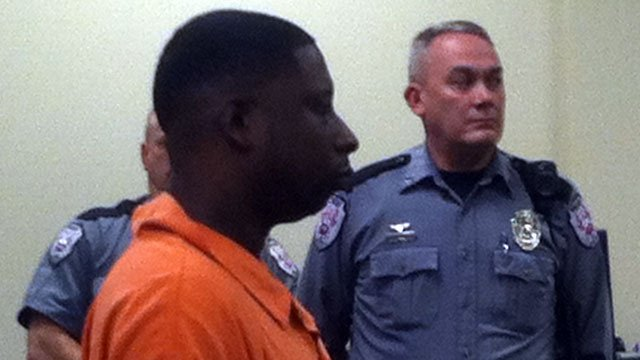 Brandon Knuckles appears before a Gaffney judge for a bonding hearing. (Feb. 5, 2013/FOX Carolina))