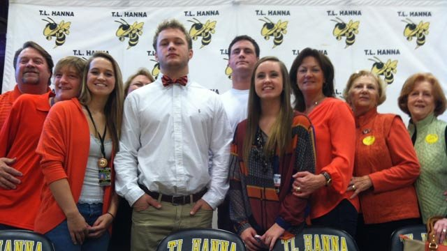 Ben Boulware with his family on National Signing Day after he announces he will attend Clemson. (Feb. 6, 2013/FOX Carolina)