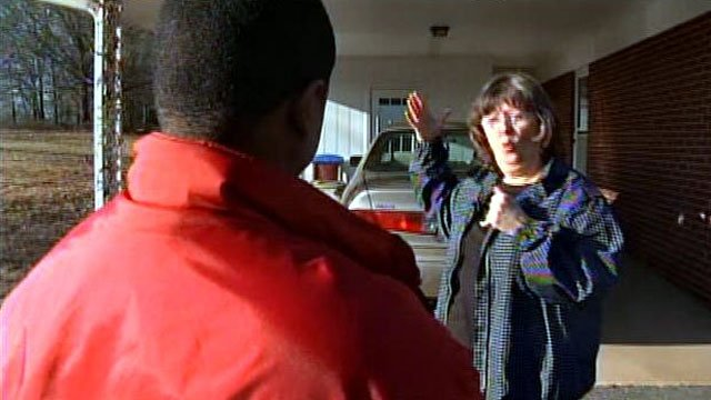 Deborah Owen tells FOX Carolina's Greg Funderburg about a break-in at her home. (Feb. 8, 2013/FOX Carolina)