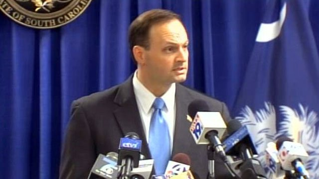 Alan Wilson addresses the media during a press conference in Columbia. (File/FOX Carolina)