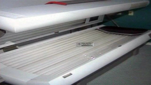 A tanning bed is displayed in a Greenville salon. (File/FOX Carolina)