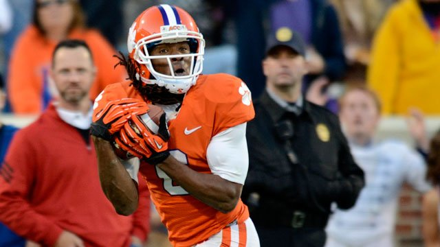 Clemson wide receiver DeAndre Hopkins pulls in a reception for a 62-yard touchdown during the first half of an NCAA college football game against North Carolina State, Saturday, Nov. 17, 2012, in Clemson, SC. (AP Photo/Richard Shiro)