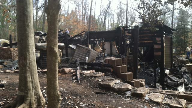Fire tore through this Cannon Bottom Road in Belton on Sunday. (Mar. 17, 2013/FOX Carolina)