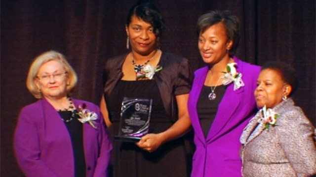 Committee members and an honoree at the Women Making History awards dinner. (Mar. 29, 2013/FOX Carolina)