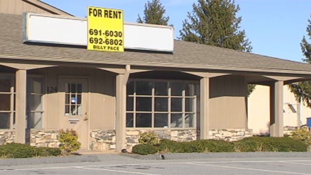 The Hendersonville building once rented by the funeral home. (Mar. 19, 2013/FOX Carolina)