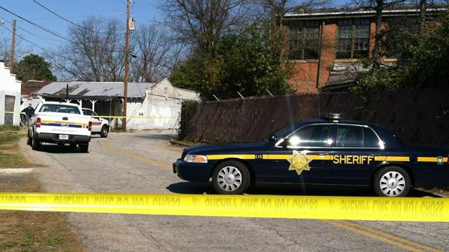 Deputies have Deering/Stafford streets blocked off where the body was found. (Mar. 29, 2013/FOX Carolina)