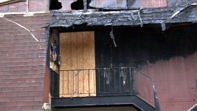 Fire damaged several apartments on Cambridge Street in Abbeville. (Apr. 14, 2013/FOX Carolina)
