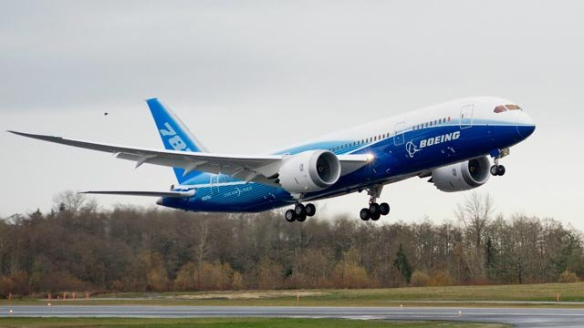 The Boeing 787 Dreamliner takes flight after being unveiled. (File)