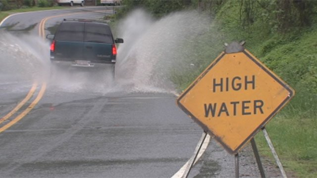 A western North Carolina road covered in water prompted concerns for drivers on Sunday. (May 5, 2013/FOX Carolina)