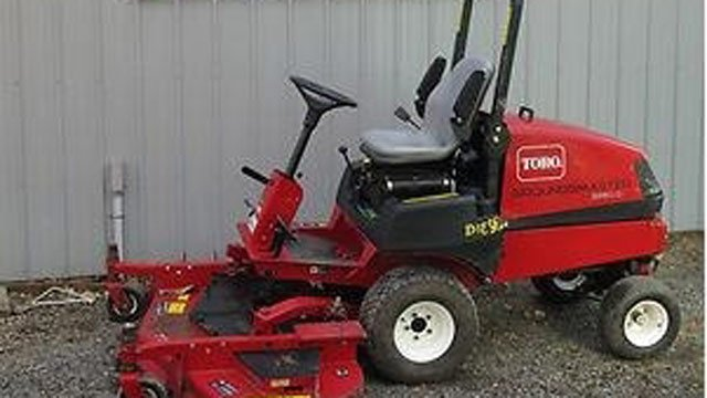 Deputies say this is a similar type of lawnmower that was stolen. (Source: Oconee Co. Sheriff's Office)