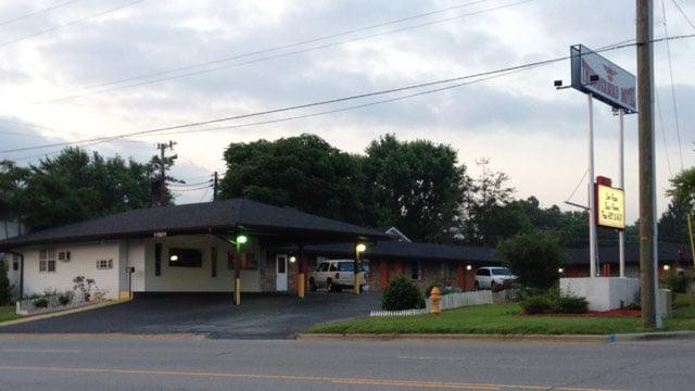Police say Jayden was taken from the Thunderbird Motel on Tunnel Road. (June 21, 2013/FOX Carolina)
