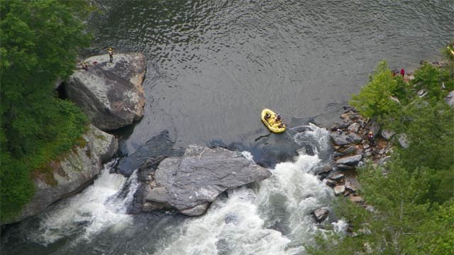 Crews search for the body of Mr. Thomas Hill in the Five Falls Area on June 26, 2013 (USDA Forest Service)