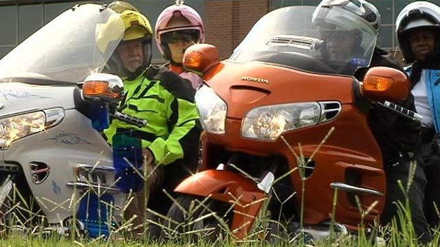 Some Gold Wing riders arrive in the Upstate. (July 2, 2013/FOX Carolina)