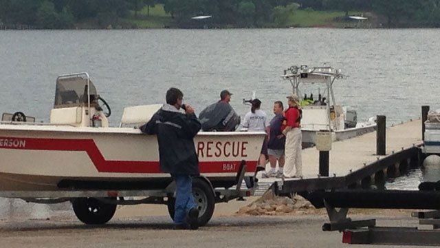 Search crews set up a staging area at Saddler's Creek State Park boat ramp. (July 22, 2013/FOX Carolina)