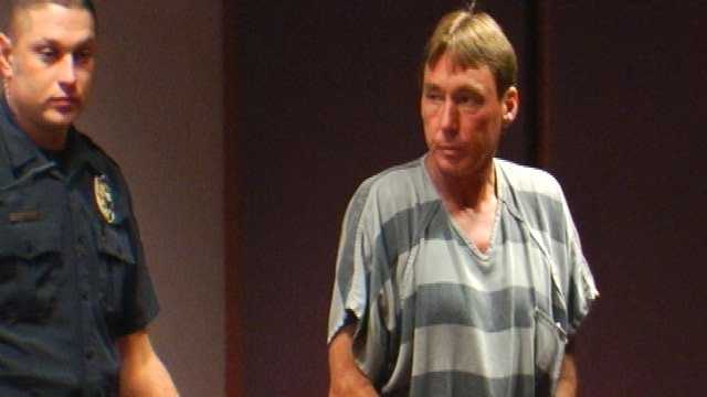 Kenneth Guthrie appears in Henderson County court. (July 31, 2013/FOX Carolina)