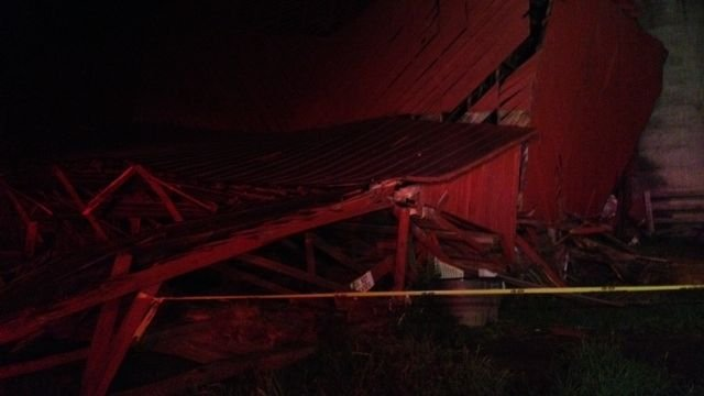 The collapsed barn. (July 31, 2013/FOX Carolina)