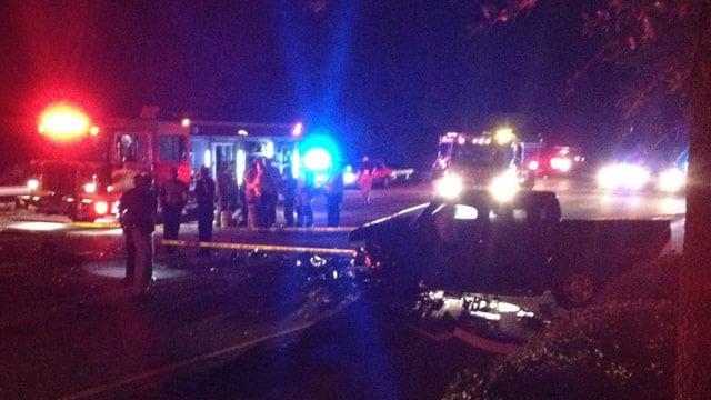 Greenville police investigate the fatal wreck along I-385. (Aug. 12, 2013/FOX Carolina)
