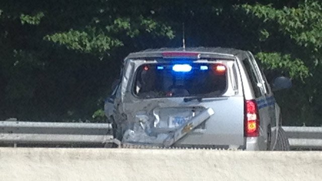 The damaged SUV of a South Carolina Highway Patrol trooper along I-85. (Aug. 12, 2013/FOX Carolina)