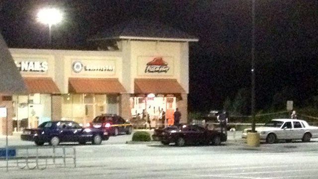 Deputies respond to the Pizza Hut on Augusta Road. (Aug. 19, 2013/FOX Carolina)