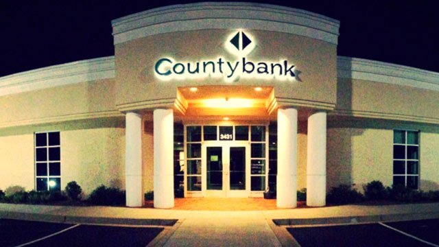 Countybank will be paying for customers' gas to talk about local banking. (Aug. 26, 2013/FOX Carolina)