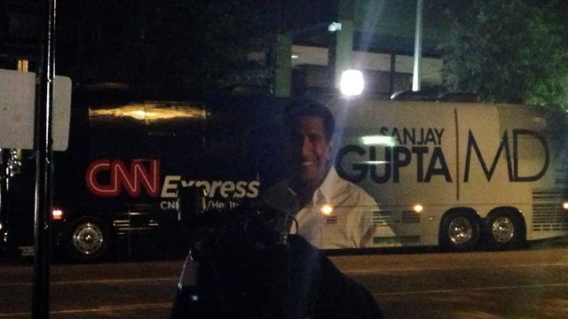 CNN's Health Care Express Bus parked in downtown Greenville. (Oct. 1, 2013/FOX Carolina)