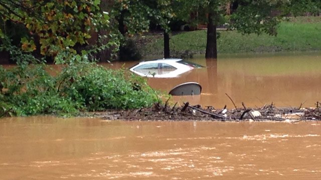 Cambridge Drive in Spartanburg County was flooded Monday morning. (Oct. 7, 2013/FOX Carolina)