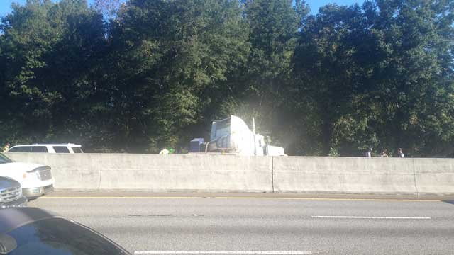 Scene near the accident. (Oct. 11, 2013/FOX Carolina)