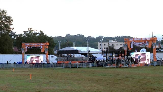 ESPN's College GameDay is back in town for the conference showdown. (Oct. 18, 2013/FOX Carolina)
