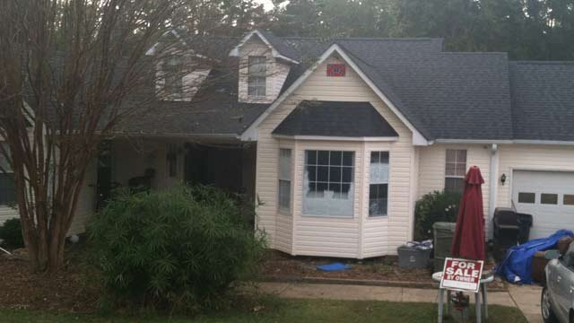 The exterior of the house. (Oct. 21, 2013/FOX Carolina)