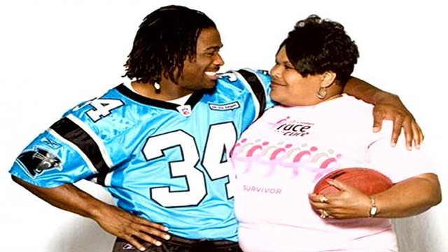 DeAngelo Williams and his mom. (Source: DeAngelo Williams Foundation)
