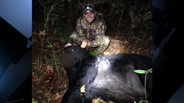 Easley man kills 600 pound black bear fox carolina 21 for Heath motors greenville nc