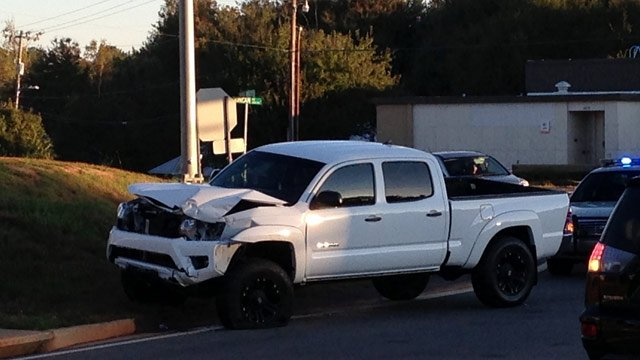 The truck involved in the wreck. (Oct. 25, 2013/FOX Carolina)