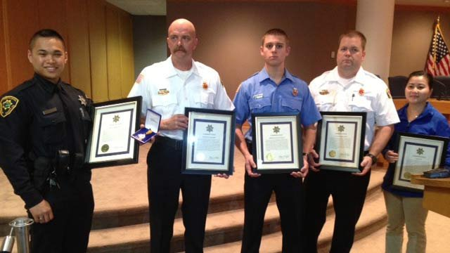 A deputy, civilian and several firefighters are honored  for their livesaving actions. (Nov 1, 2013/FOX Carolina)