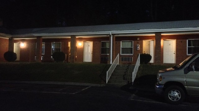 The Nakon Motel where the Florida man was found dead. (Nov. 6, 2013/FOX Carolina)