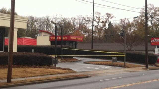 Deputies say this bank was robbed on West Parker Road. (Nov. 21, 2013/FOX Carolina)