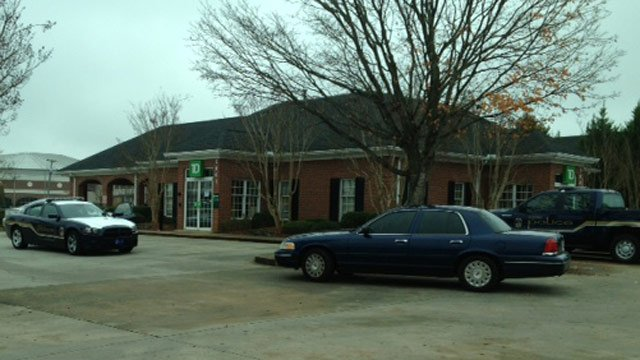 Easley police respond to the TD Bank on U.S. 123. (Nov. 22, 2013/FOX Carolina)