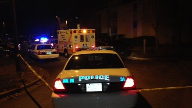 Greenville police investigate a fatal shooting at the Stonesthrow apartments on Century Circle. (Dec. 10, 2013/FOX Carolina)