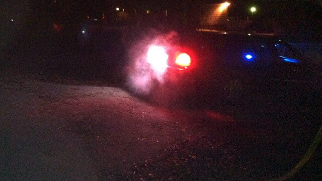 Deputies investigate the fatal shooting along Williamson Drive. (Dec. 11, 2013/FOX Carolina)