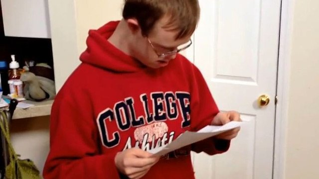 The video of Rion Holcombe receiving his acceptance letter is going viral. (Source: YouTube)
