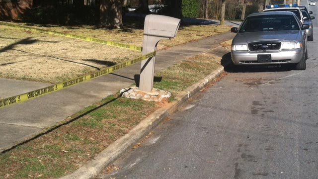 Police have crime scene tape up around the home. (Dec. 19, 2013/FOX Carolina)