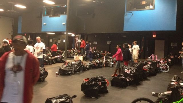 Toys For Church : Upstate mega church offers toys holiday hope to needy
