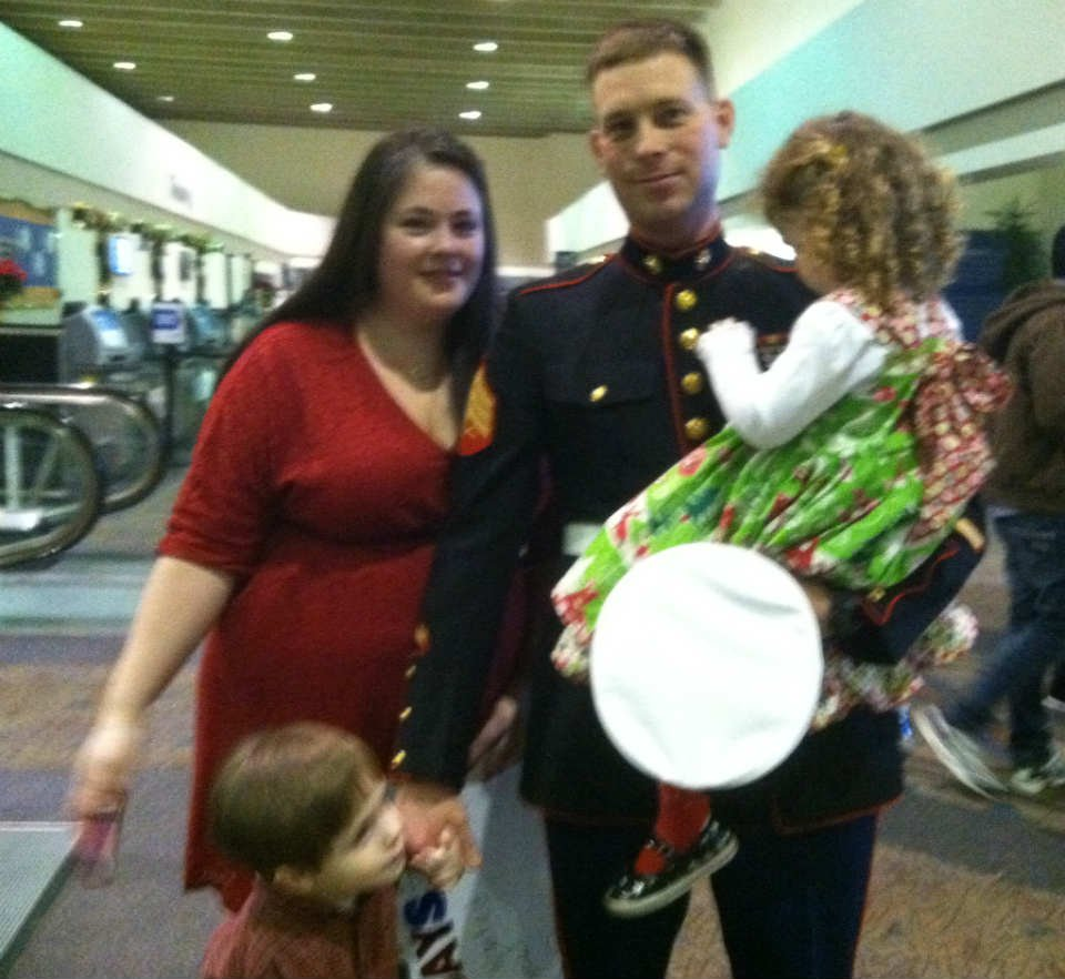 Nick Gianelloni's family welcomes him home. (Dec. 21 2013, Fox Carolina)