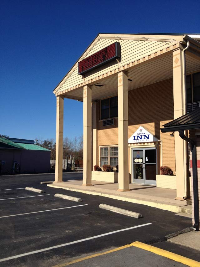The Williamson Co. hotel where Carter was arrested. (Jan. 3, 2014/WSMV-TV)
