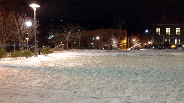 Snow fell across parts of downtown Asheville overnight. (Jan. 3, 2014/FOX Carolina)