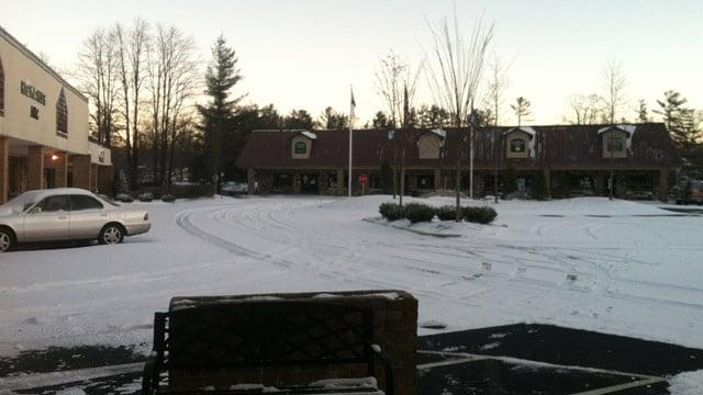 A few inches of snow fell in Highlands, NC. (Jan. 3, 2014/FOX Carolina iWitness)