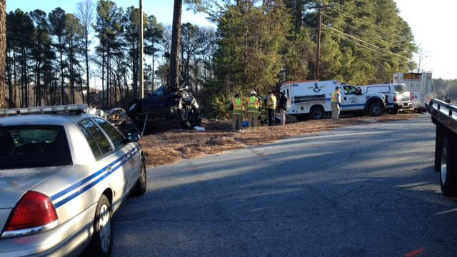 The scene of the fatal crash along SC 93.  (Jan. 8, 2014/FOX Carolina)