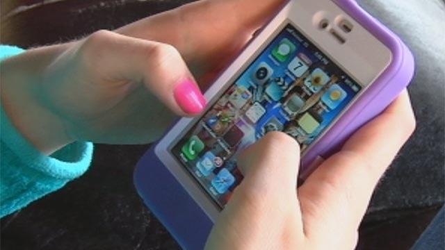An Upstate iPhone user. (File/FOX Carolina)