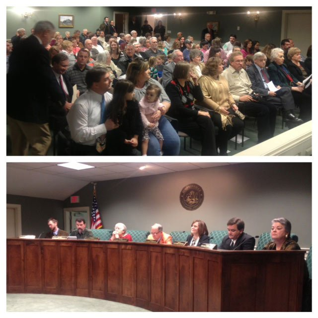 A large crowd gathered for the first Simpsonville City Council meeting with the new members. (Jan. 14, 2014/FOX Carolina)